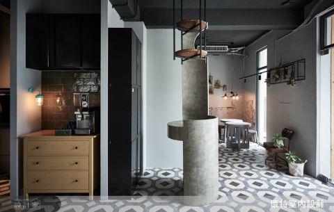 復古與現代完美混搭,讓托育中心變身時髦穀倉概念餐廳