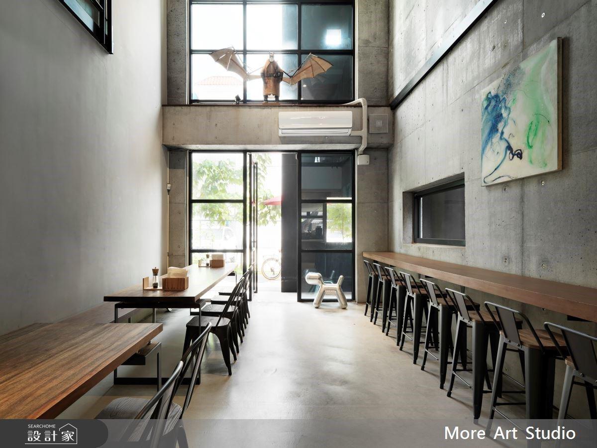 有如現代美術館的披薩店!藝術環繞的餐飲饗宴