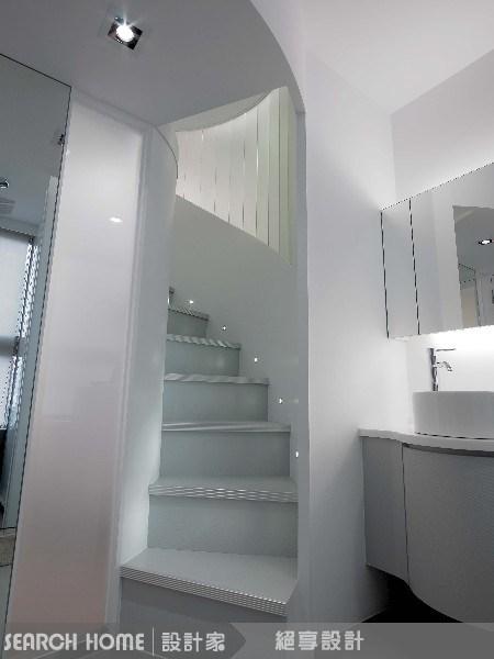 17坪新成屋(5年以下)_現代風浴室樓梯案例圖片_絕享設計_絕享_10之4