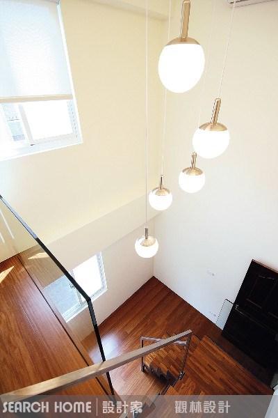 74坪新成屋(5年以下)_休閒風樓梯案例圖片_觀林設計_觀林_01之2