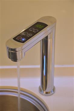 宮黛科技股份有限公司-宮黛GD-800櫥下型觸控式三溫飲水機-宮黛GD-800櫥下型觸控式三溫飲水機,宮黛,淨水飲水設備