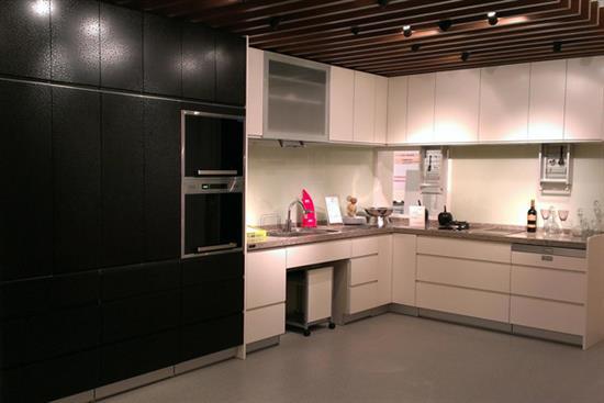 一太日本原裝黑色浮雕收納櫃+ 白色浮雕L型系統廚具-廚房設備