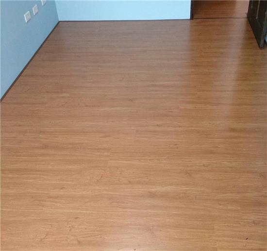 Robina 羅賓地板-DE-O111RC  稻香橡木-DE-O111RC  稻香橡木,Robina 羅賓地板,超耐磨木地板
