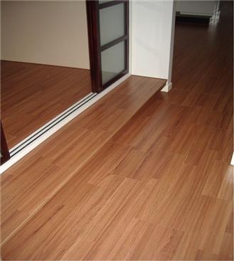 Robina 羅賓地板-DE-T22RC經典柚木-DE-T22RC經典柚木,Robina 羅賓地板,超耐磨木地板