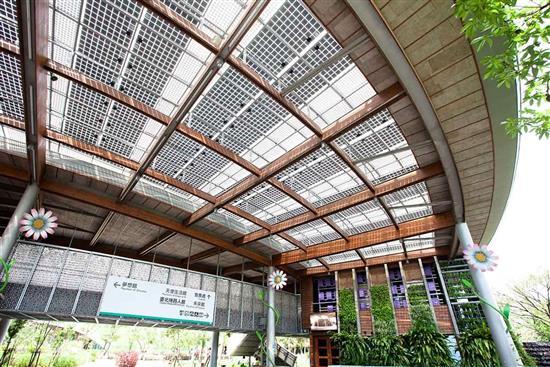 鑽泥板-節能屋頂隔熱設計-耐燃木絲水泥板