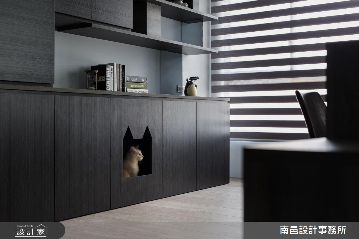 TIPS 10:鏤空門片加裝磁鐵,貓咪專用休憩小櫃,更安穩舒適!